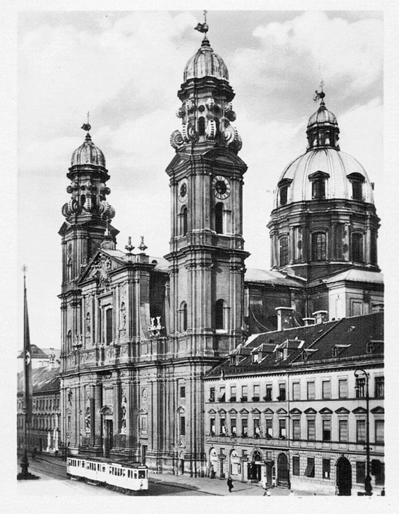 Theatinerkirche. München 30er.