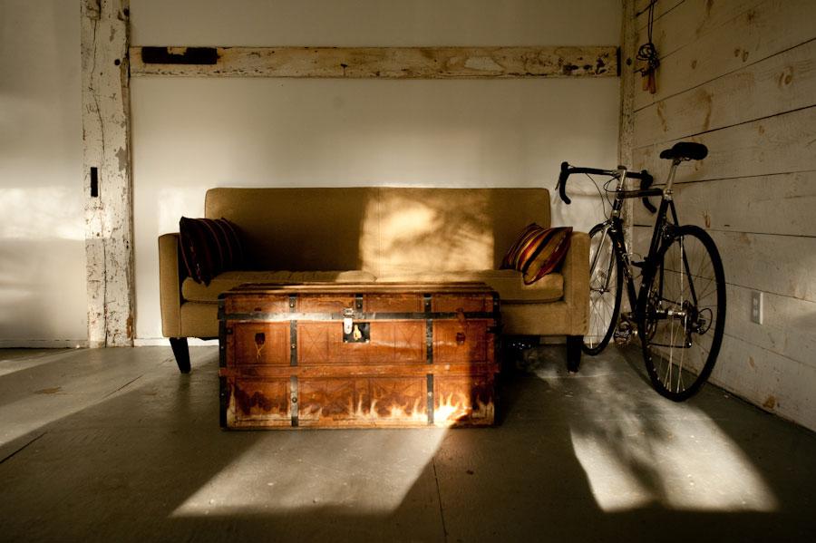 Koffer als Couchtisch Copyright camerabag.tv
