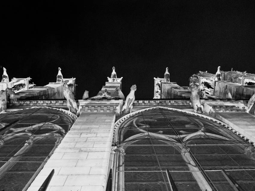Paris Silvester Notre Dame