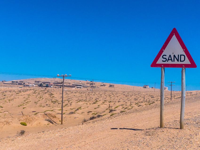 Namibia Strassenschilder-1080911