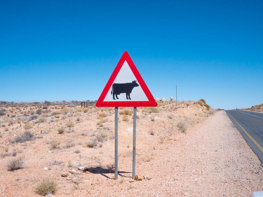 Namibia Strassenschilder-1080930