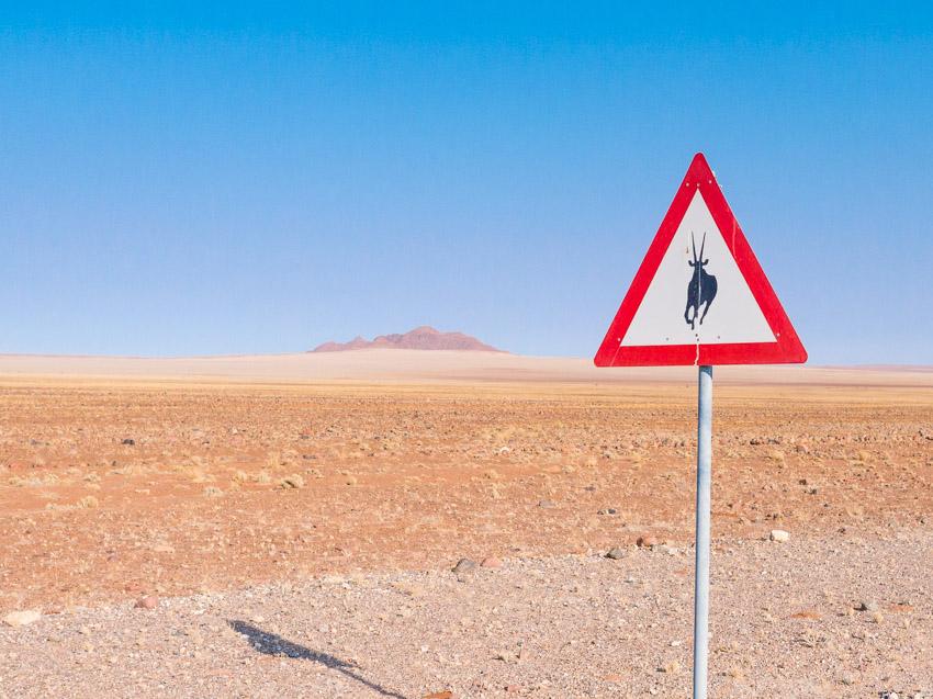 Namibia Strassenschilder-1080965