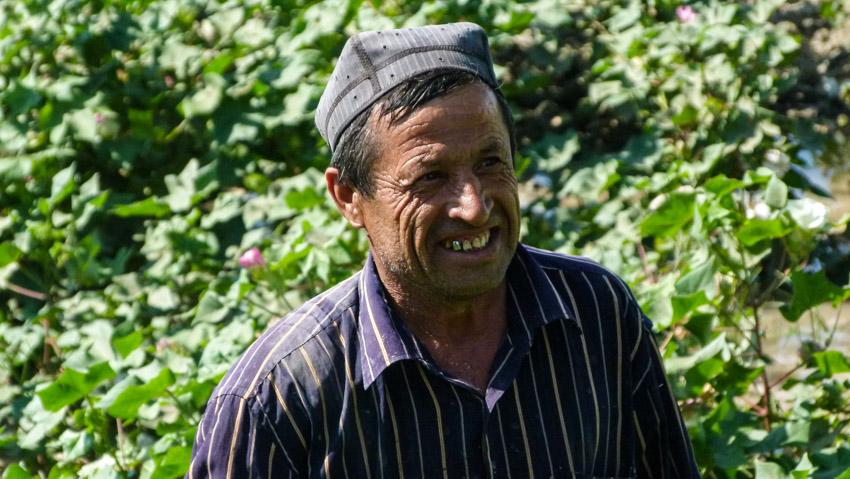 ABSURDISTANI Usbekistan-1050514