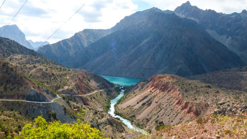 ABSURDISTANI Usbekistan-1060847
