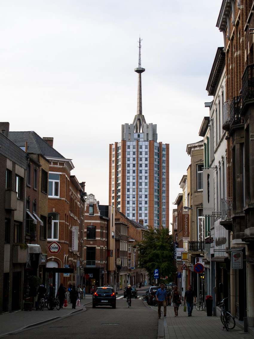 Ugly Belgian Houses-5839