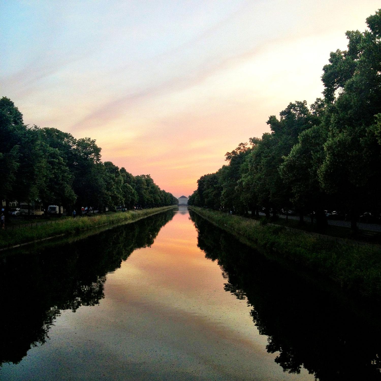 Sonnenuntergang am Nymphenburgerschloss in München