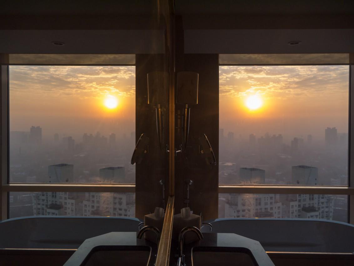 Sonnenaufgang vom Hotelzimmer im Four Seasons Mumbai