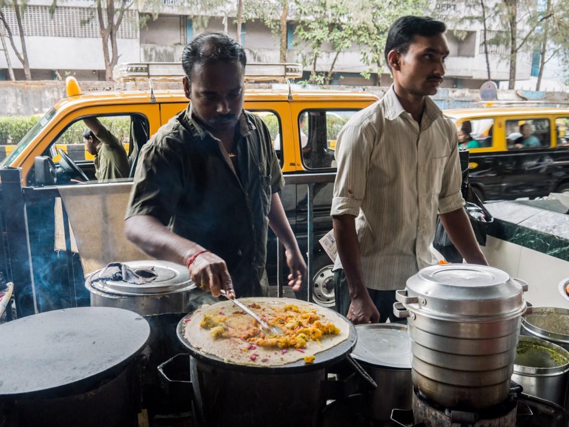 Strassenessen in Mumbai