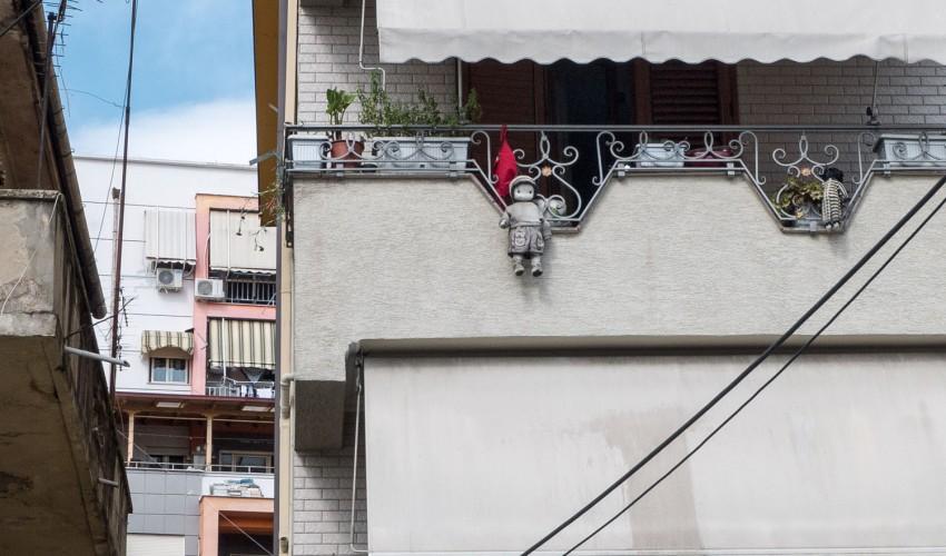 Tirana-1050075