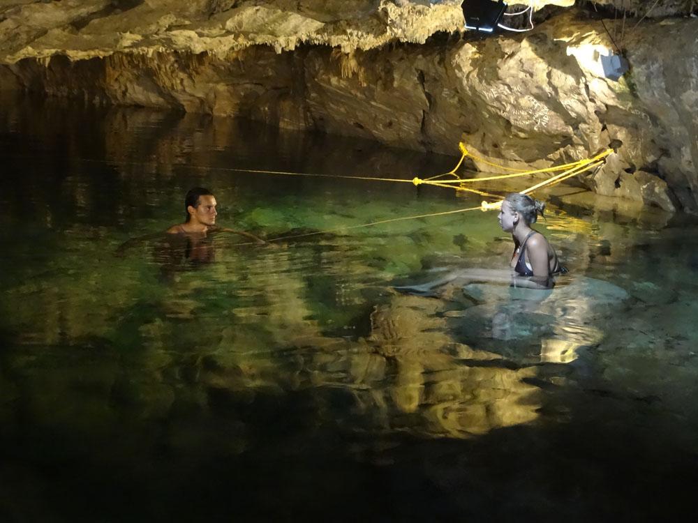 zufällig gefundene kleine Cenote; irgendwo zwischen Chichén Itza und Mérida