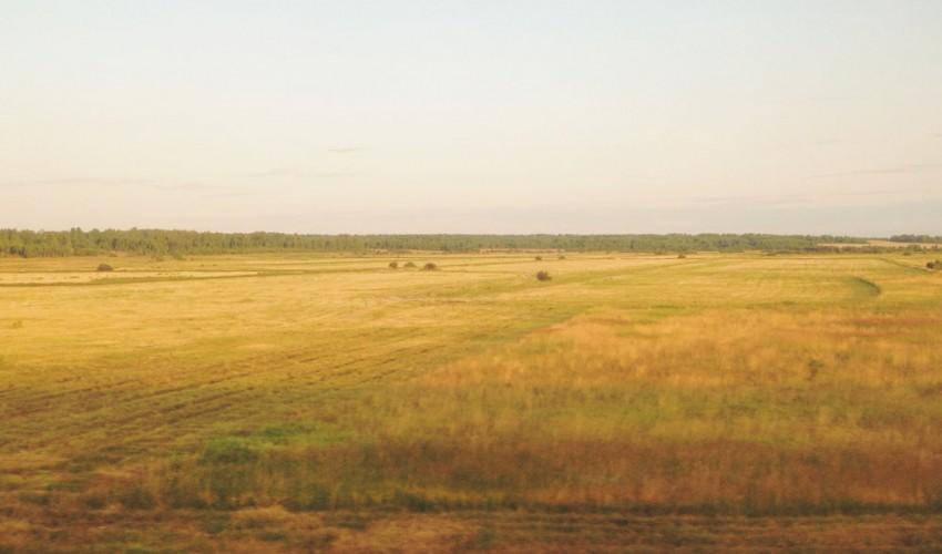 Russland-Landschaft-Abendlicht.