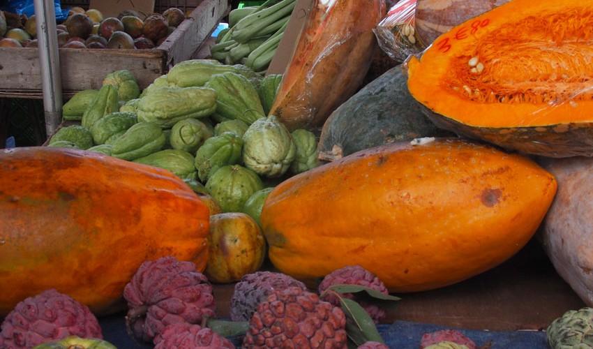 Obst-Markt-La-Reunion