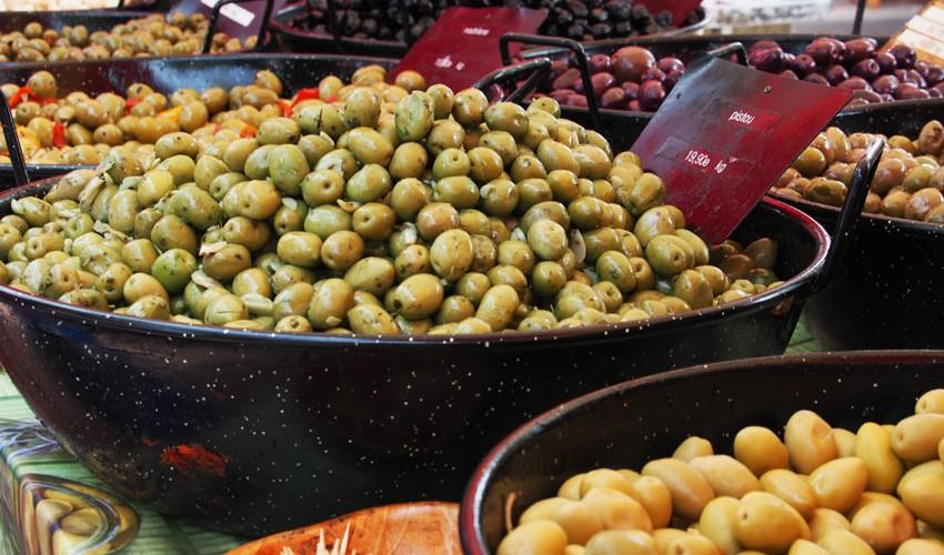 Oliven-La-Reunion-Markt