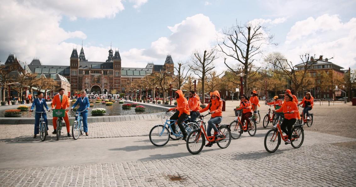 Winners-on-bikes