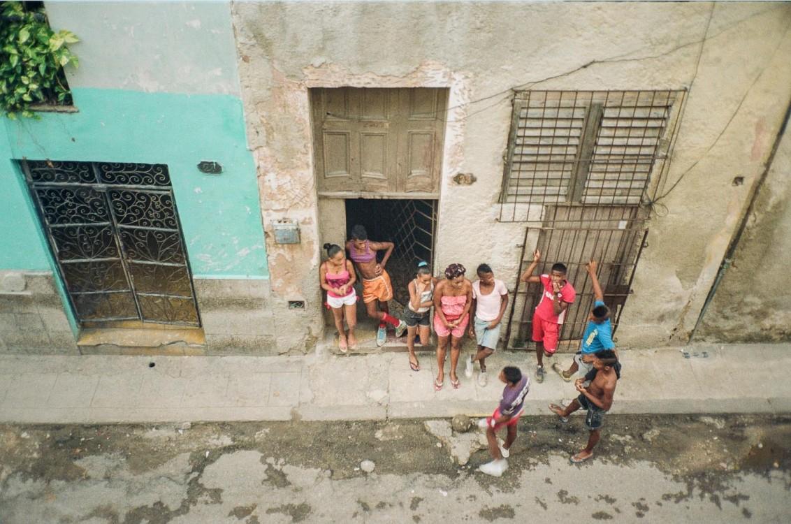Neighbors. Habana Vieja, Havana.